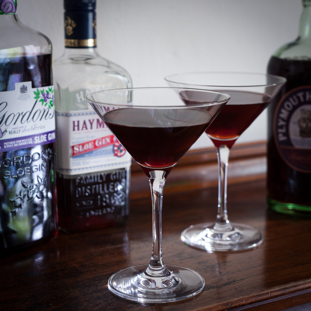 Sloe Gin Cocktail Black Hawk Black Thorn